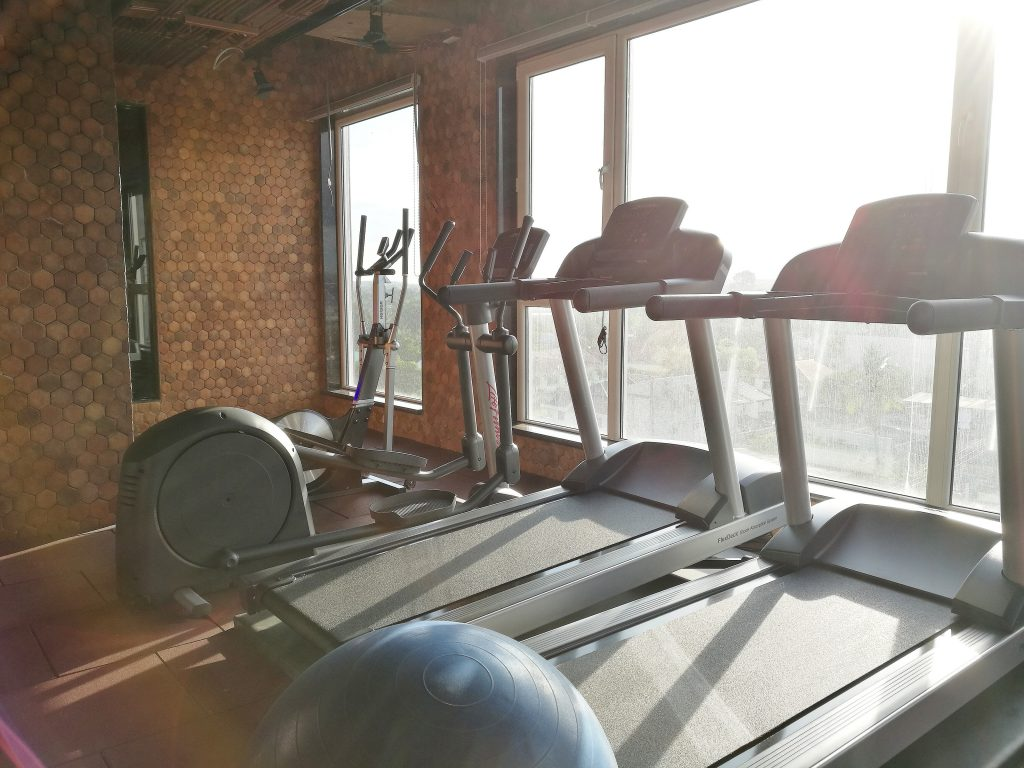 treadmill vs exercise bike